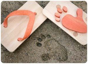 ashiato animal flip flops