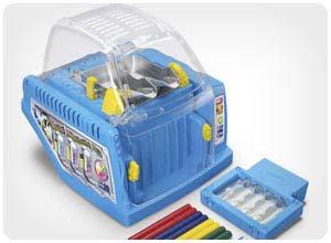 crayon maker