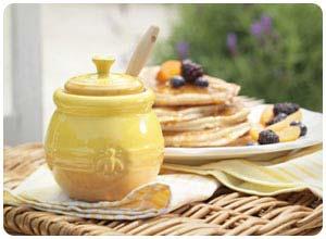 le crueset honey pots