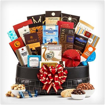 Gourmet Extravagence Gift Basket