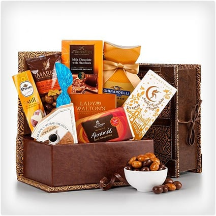 The World Famous Chocolate Collection & 38 Unique Gift Baskets That Donu0027t Suck - Dodo Burd