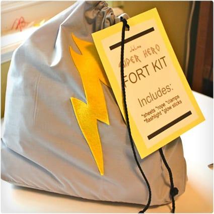 Superhero Fort Kit