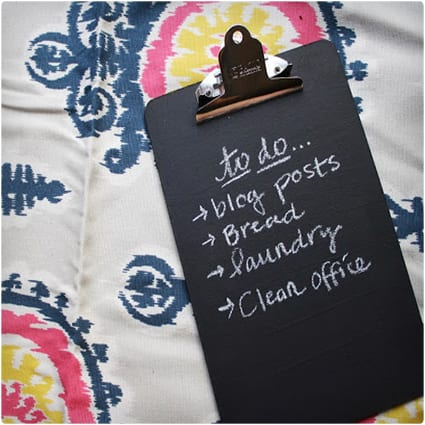 DIY Chalkboard Clipboard