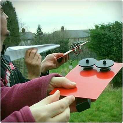 Make an Elecrtic Paper Plane