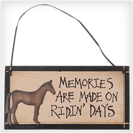 Memories Are Made Sign