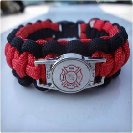 Thin Red Line Paracord Survival Bracelet