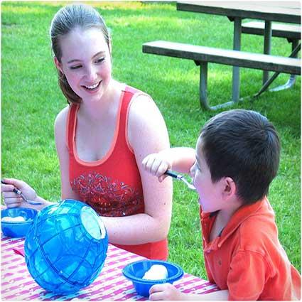 Ball-Ice-Cream-Maker