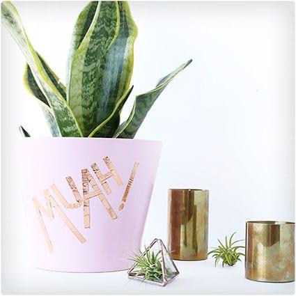 Muah!-Vase