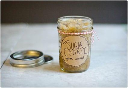 Sugar-Cookie-Foot-Scrub