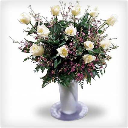 A-Mother's-Grace-Rose-Bouquet