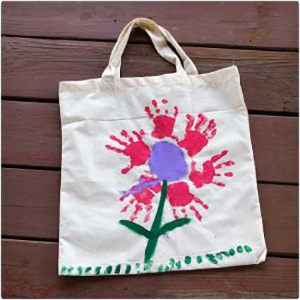 Handprint-Flower-Bags