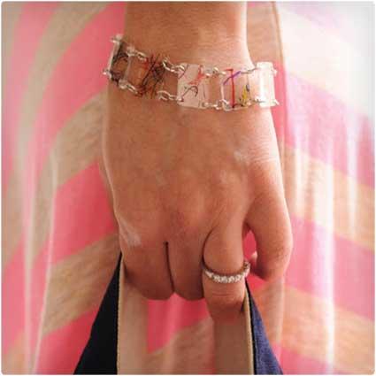 Shrinky-Bracelet