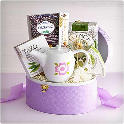 Tea-Time-Keepsake-Box-with-Teapot