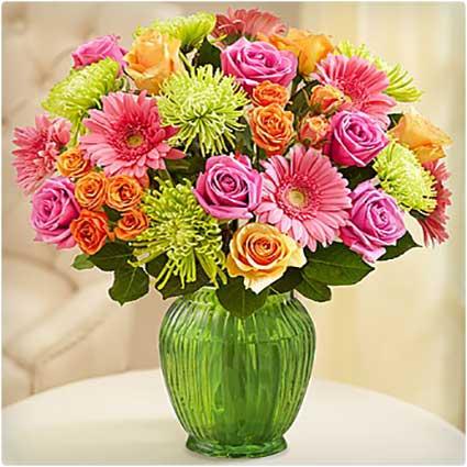 Vibrant-Blooms-Bouquet