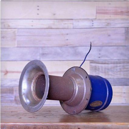 Vintage Ah-ooo-Gah Car Horn