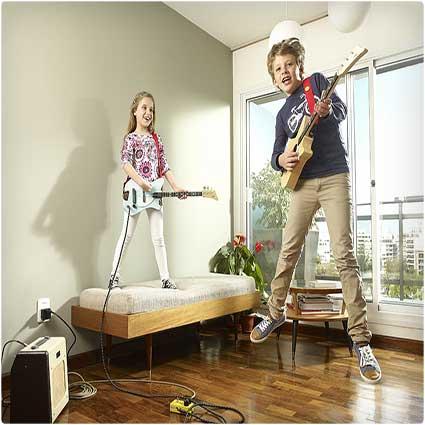 Loog-Electric-Guitar