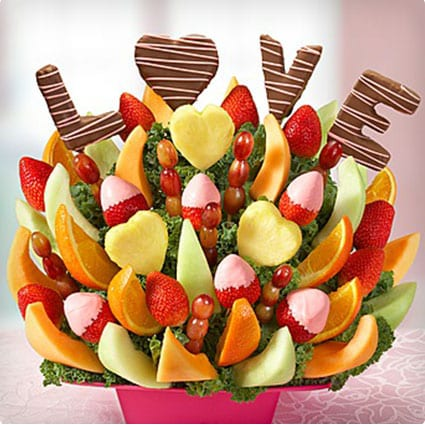 Sweet Love Story Basket