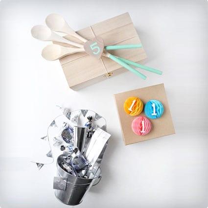 34 unique first anniversary gifts dodo burd paper box solutioingenieria Image collections