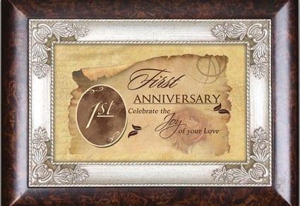 34 unique first anniversary gifts dodo burd personalized music box solutioingenieria Image collections