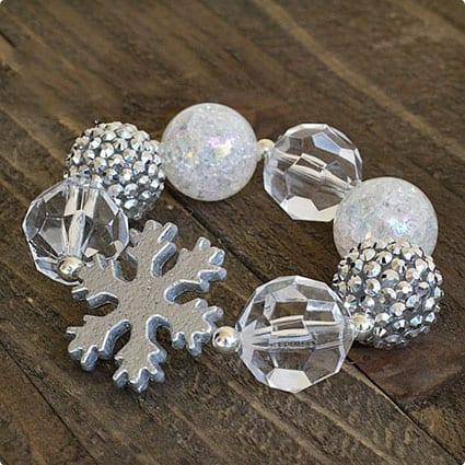 white-silver-snowflake-bubblegum-bracelet