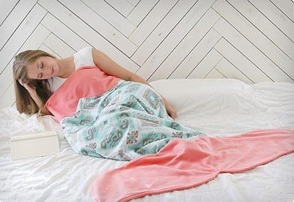 DIY Adult Mermaid Tail Blanket