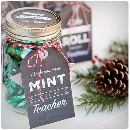 Simple Mason Jar Secret Santa Gifts