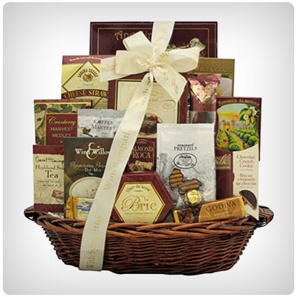 30 thoughtful sympathy gift baskets to show them you care dodo burd our sincere condolences sympathy gift basket solutioingenieria Gallery