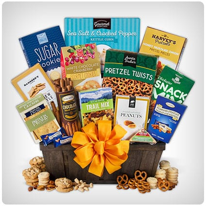 30 thoughtful sympathy gift baskets to show them you care dodo burd sympathy gift basket select solutioingenieria Gallery