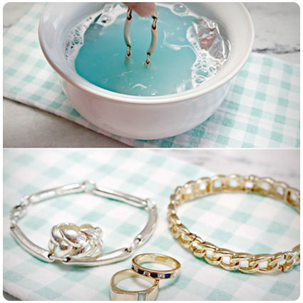 How to Naturally Clean Jewelry