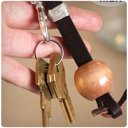 Simple Homemade Leather Keychain